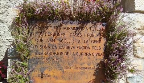 Isona i Conca Dellà va homenatjar ahir els veïns que van haver de fugir durant la Guerra Civil.