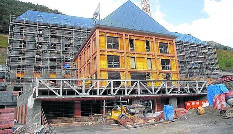 Imatge d'arxiu d'obres a l'hotel Himàlaia.