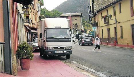 Una escola de Montellà i Martinet retardarà l'inici del curs pel positiu d'un professor