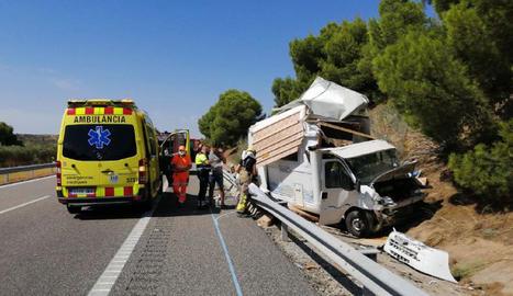 Estat en el qual va quedar l'autocaravana després de l'accident.
