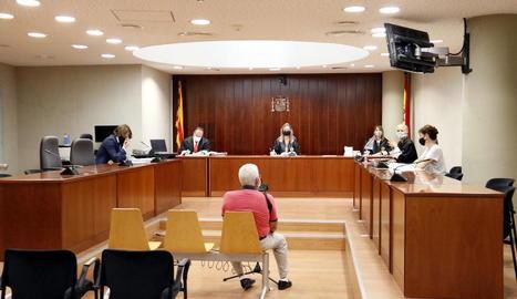 La filla de l'home acusat d'abusar de la néta a Lleida: