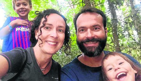 Família Santallusia i Cabestany