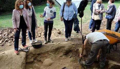 Recuperen les restes de sis persones de la fossa de la Guerra Civil de Sorpe