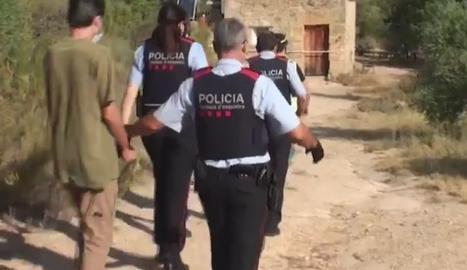 El detingut en una casa aïllada de la Pobla de Cérvoles.