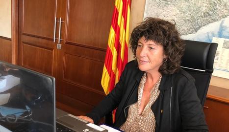La consellera Teresa Jordà, a l'explicar ahir els deu projectes de transformació i sostenibilitat