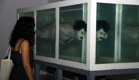La col·lecció d'art de Tatxo Benet per la llibertat de creació i pensament arriba a Lleida
