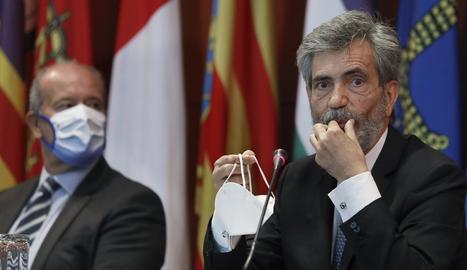 El president del CGPJ, Carlos Lesmes, al costat del ministre de Justícia, Juan Carlos Campo.