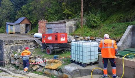 Primers treballs al dipòsit d'aigua potable de Vielha.