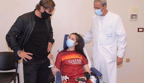 Francesco Totti va visitar Ilenia a l'hospital en el qual es recupera.