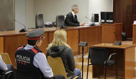 L'acusada, al judici celebrat a l'Audiència de Lleida.