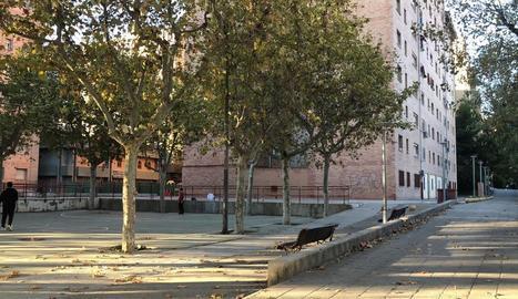 Un dels espais públics dels blocs Pius XII.