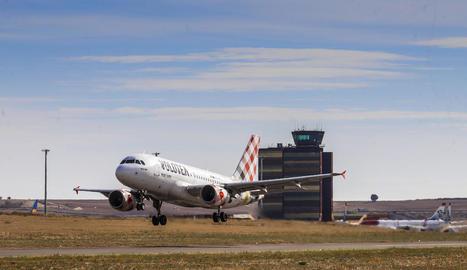 Vols de pràctiques per a la formació de pilots de Volotea.