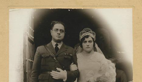 retrat. Andrés Ymbernon, el desembre de l'any 1924, en una fotografia presa quan estava destinat a la ciutat de Tetuan.