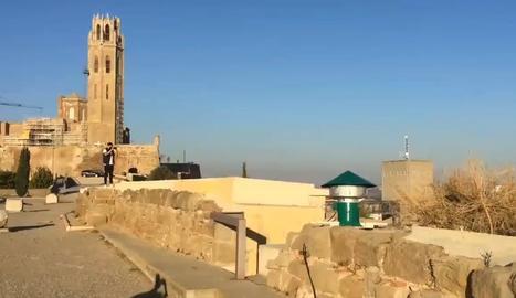 VÍDEO | Així va sonar la sirena antiaèria a Lleida vuitanta anys després