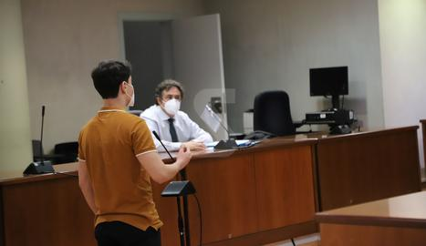 L'acusat d'abusar de la noia, aquest dimecres durant el judici a l'Audiència de Lleida.