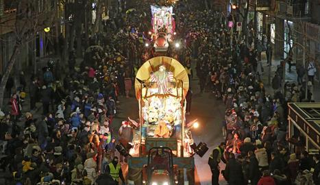 Sa Majestat el rei Gaspar, durant la cavalcada de l'any passat a Lleida.