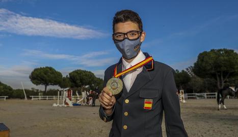 Marçal Piró, amb la medalla d'or com a campió d'Espanya.
