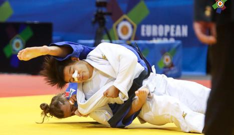 La lleidatana, durant el combat contra Lucie Jarrot.