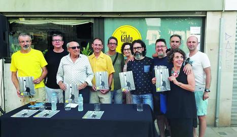 inicis. Portada del primer número de la revista, una iniciativa sobretot de Manel Garcia Serramona, del Cercle de BBAA.