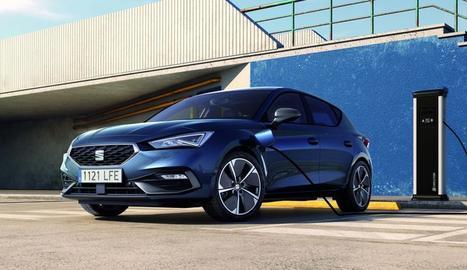 Amb una potència conjunta de 204 CV i canvi automàtic DSG de 6 velocitats, està disponible amb els acabats Xcellence i FR, i en carrosseria de 5 portes i familiar Sportourer.