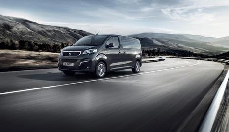 Amb tres mides disponibles (Compact, Estàndard i Long) i dos autonomies diferents (fins a 230 km i 330 km), el Peugeot e-Traveller s'adapta com un guant a la vida diària i al lleure.