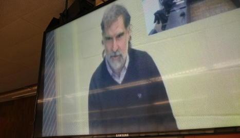 El president d'Òmnium, Jordi Cuixart, va declarar per videoconferència des de la presó de Lledoners.