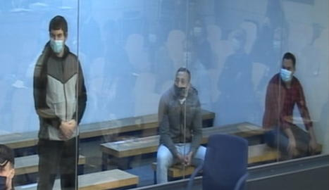Els acusats, durant la primera jornada del judici pel 17-A.