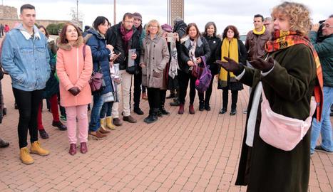 Dolors Miquel donant instruccions a la Seu Vella, abans que els lectors es dispersessin per tot Lleida avui fa just un any.
