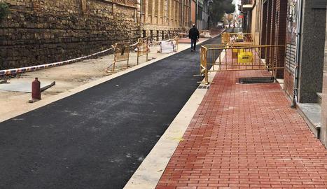 Preveuen reobrir el carrer la primera quinzena de desembre.