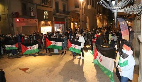 Concentració dissabte passat a la plaça Paeria de Lleida en solidaritat amb el poble sahrauí.