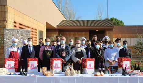 Presentació de l'onzena edició del Xup Xup Solidari, ahir a l'Escola d'Hoteleria i Turisme de Lleida.