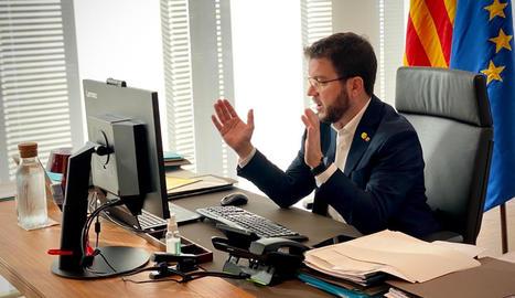 El vicepresident Pere Aragonès presidint una reunió del comitè executiu de crisi de la covid-19.