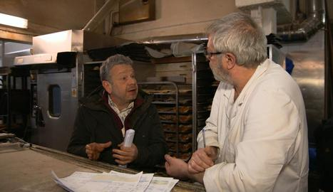 El cuiner Alberto Chicote amb el forner Jordi Morera.
