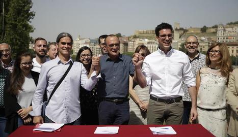 Talamonte (Comú), Pueyo (ERC) i Postius (JxCat) el dia que es va firmar el pacte d'investidura el 2019.