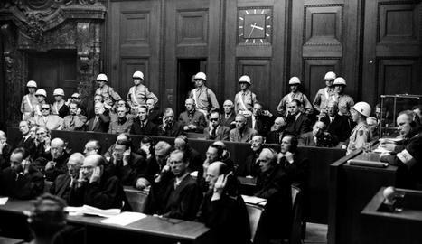 Imatge general del banc dels acusats amb els jerarques nazis.