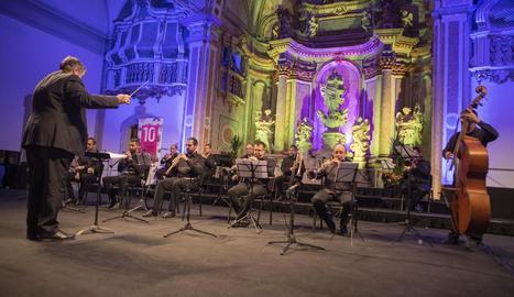La Coral Ginesta de Cervera va oferir el concert 'Sacre i profà', dirigit per Josep Miquel Midán.