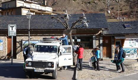 Imatge d'arxiu del servei de taxis al Parc Nacional d'Aigüestortes des d'Espot.