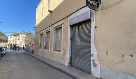 El bar Centre de Maldà, que ahir va poder reobrir les portes després de més d'un mes tancat.