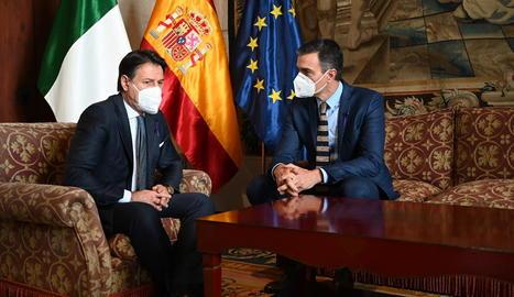 Sánchez, durant la trobada ahir amb Conte a Palma.