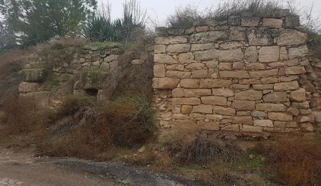Part de la muralla romana que es conserva a Arbeca.