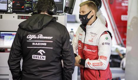 Mick Schumacher durant uns tests amb l'escuderia Alfa Romeo.