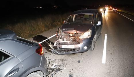 En l'accident a la C-12 van col·lidir ahir quatre cotxes i es va saldar sense ferits