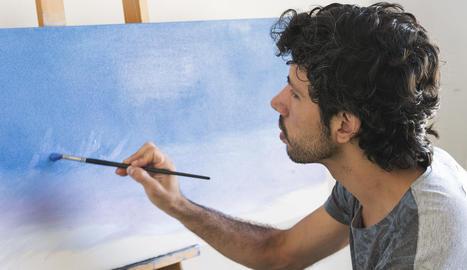 La pintura ocupa bona part del temps lliure del Lucas