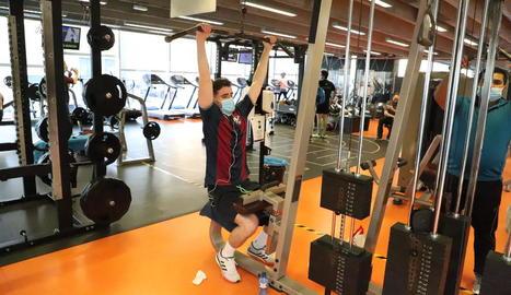 Usuaris al gimnàs Trèvol a finals de novembre.