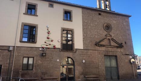 Imatge de la façana de la residència de Solsona.