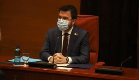 Aragonès, en la reunión de la mesa de partidos en el Parlament este viernes.