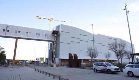 Obras del nuevo edificio del Arnau.