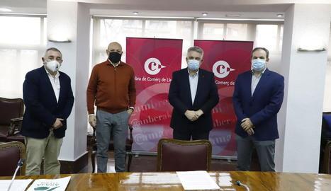 Pere Roqué, Ramon Solsona, Jaume Saltó i Xavier Batalla, poc abans de presentar les demandes.