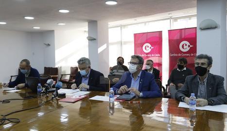 La roda de premsa a la Cambra de Comerç de Lleida.