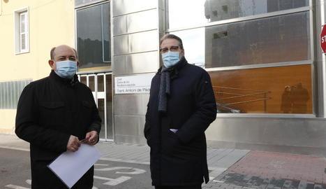 L'advocat Jaume Liñan i l'actual president d'Adesma, Javier Castán, acusen l'excúpula.